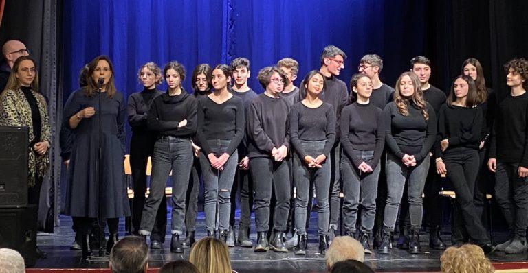 """Gli studenti fanno """"Memoria"""". Il Liceo Classico di Nardò porta in scena Primo Levi"""
